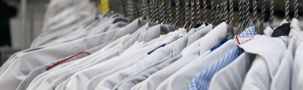 Få ordnet og renset dit tøj, så det er klar til brug